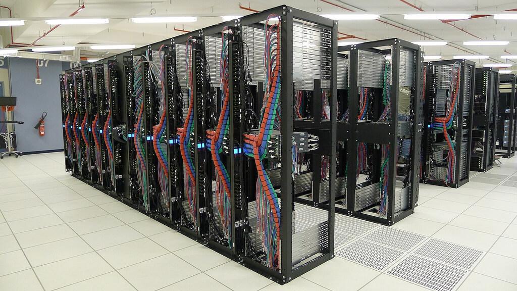 Kinh nghiệm bỏ tủ hay khi chọn mua tủ server data server