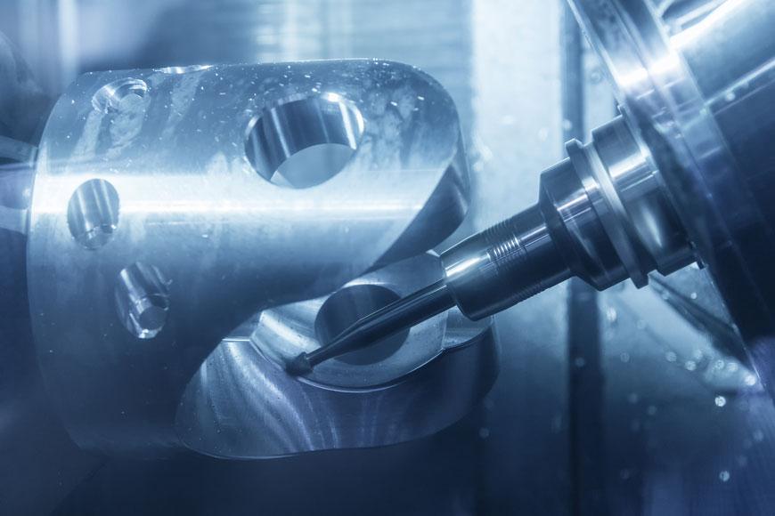 Công cụ gia công nhà máy cuối được sử dụng để hoàn thành một nguyên mẫu bằng kim loại