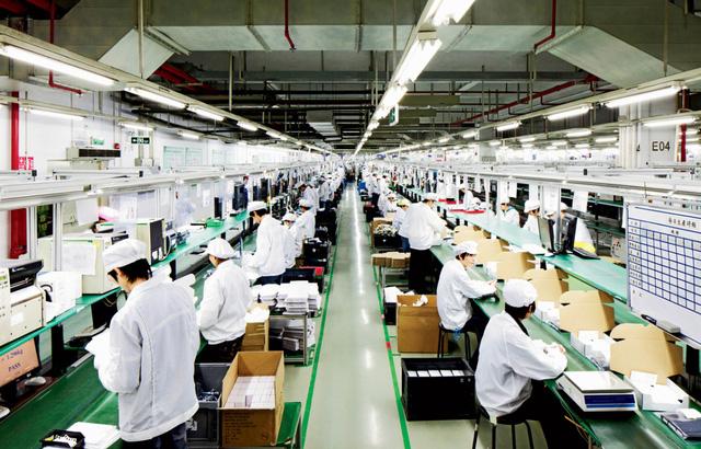 dây chuyền sản xuất iphone 8 foxconn