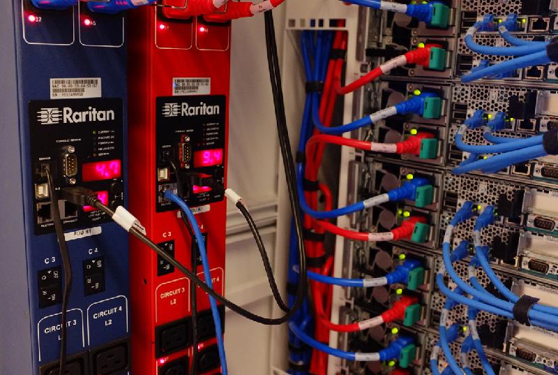 Bảy bước để Chọn Một PDU Rack cho Trung tâm Dữ liệu